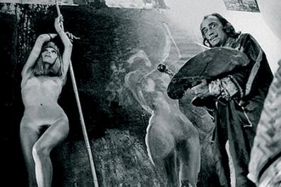 L'ultimo incontro tra Salvador Dalì e la musa-allieva: Amanda Lear